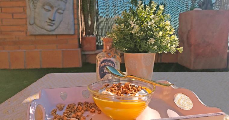 Parfait de yogurt con mango